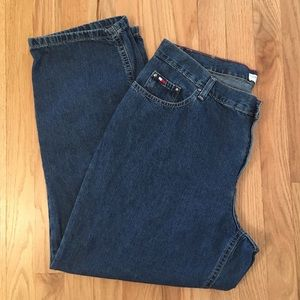Tommy Hilfiger medium wash straight leg jeans 14
